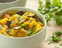 spicty vegetable potato curry