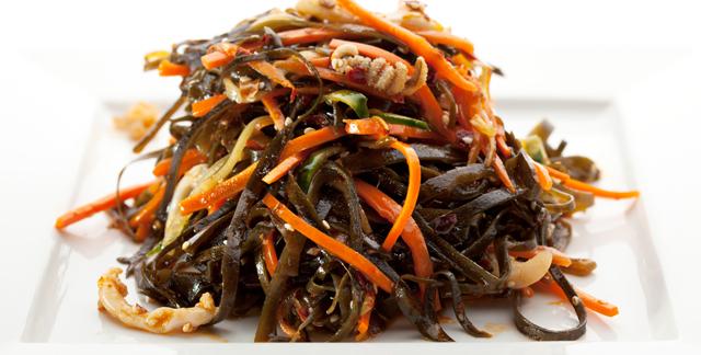 seaweed carrot avocado salad